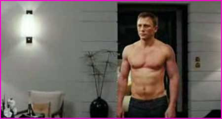 daniel-craig-shirtless